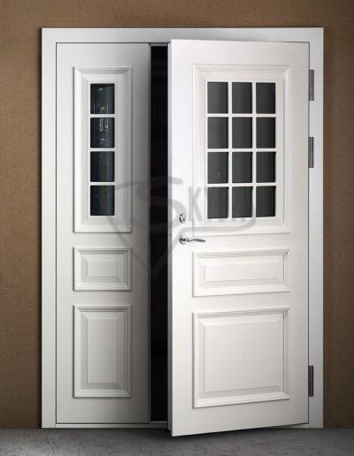 Baltos Skydo namo durys 2