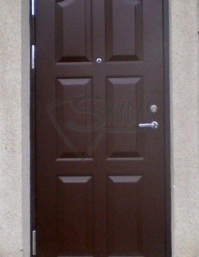 SKYDAS rudos sarvuotos durys