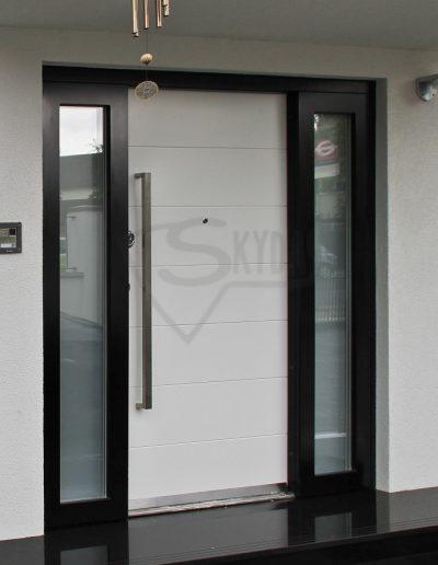 Skydas apsaugines durys RC3 namui