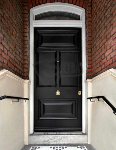 Skydas namo durys GB