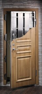 sarvuotos durys 45