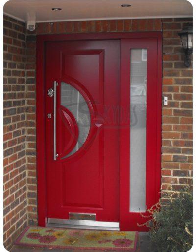 Durys namui raudonos SKYDAS