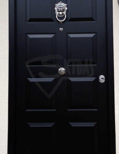 SKYDAS durys su belstuku juodos
