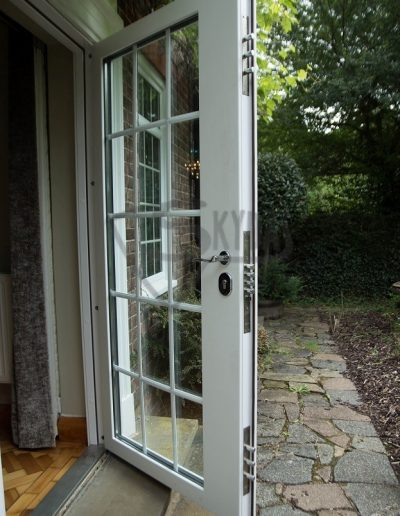 SKYDAS neperšaunamos durys ir langai 2