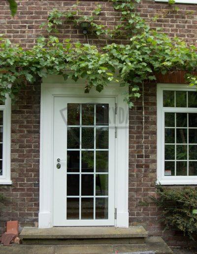 SKYDAS neperšaunamos durys ir langai