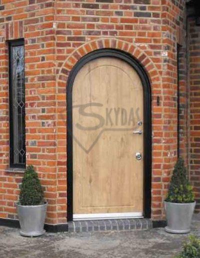 SKYDAS sarvuotos durys arka