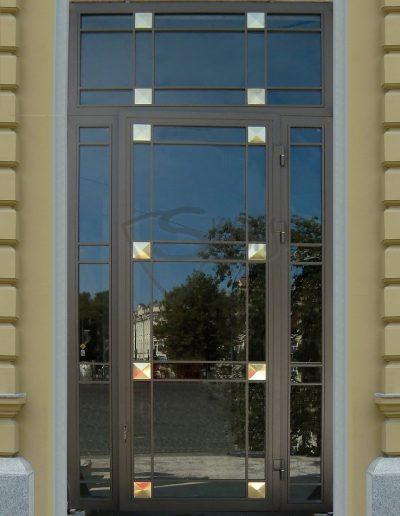 Skydas Kempinski durys 2