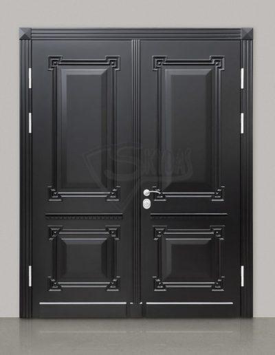 Skydas juodos durys 1