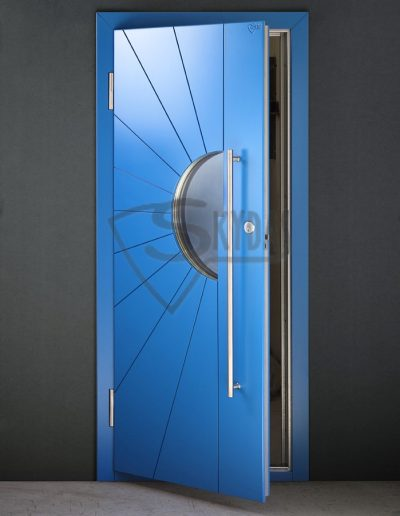 Skydas namo durys žydros 2